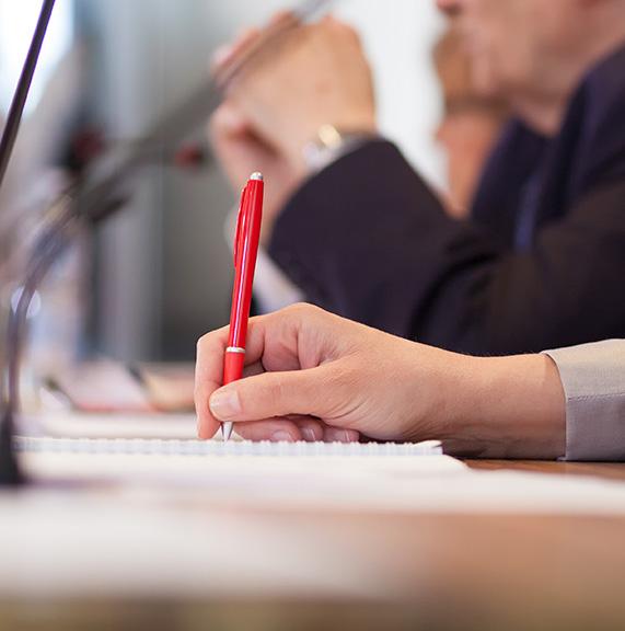 conferencias-y-reuniones-de-trabajo-que-requieran-de-un-interprete-traducto