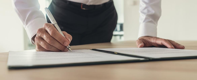 ¿Qué es apostillar y por qué es distinto a legalizar documentos?